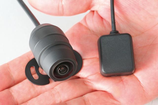 画像: 価格:EDR-21G(前後2カメラ+GPS) 3万7584円/ EDR-21(前後2カメラ) 3万2184円 EDR-11(1カメラ) 2万4624円