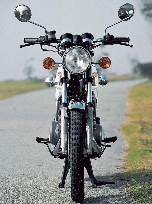 画像3: 専用のエンジンとシャシーを開発し軽快でよく走る250ccスポーツモデルを実現