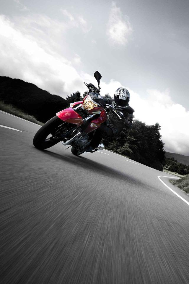 画像: スズキ GSR250(撮影2012年) - webオートバイ