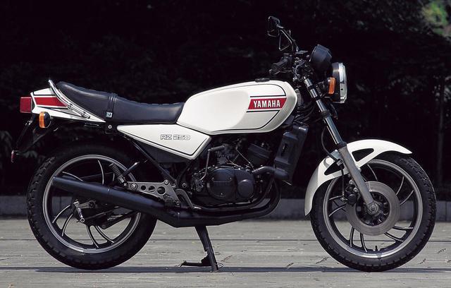 画像2: TZ250直系のエンジンをモノクロスサスペンションを備える車体に搭載