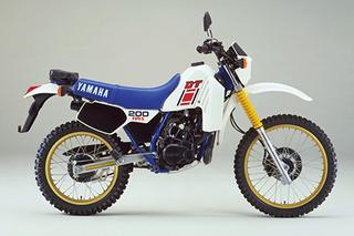 1984 DT200R/37F