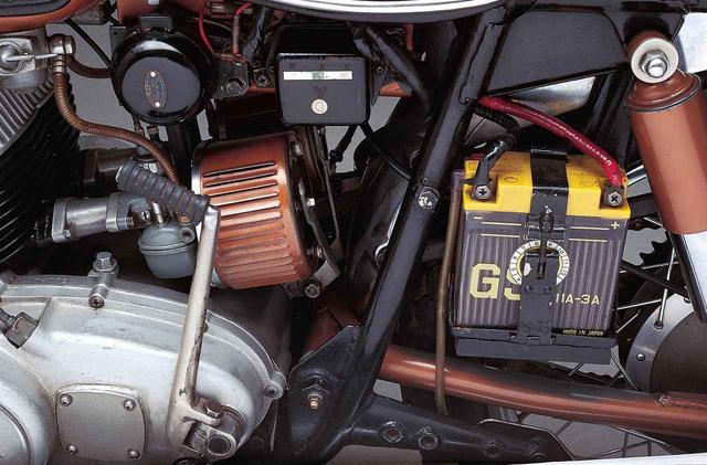 画像7: オートバイの生産開始直後からレースで活躍したヤマハの市販スーパースポーツ