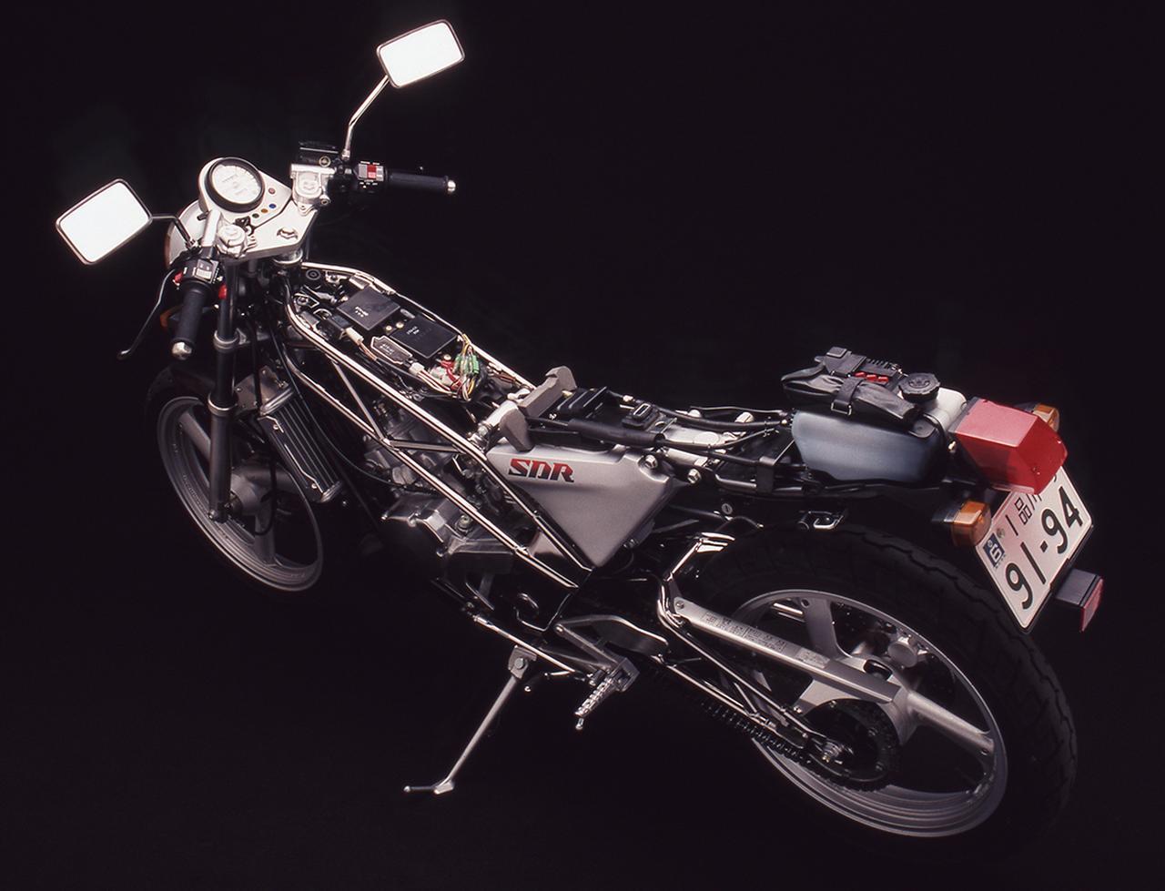 Images : 2番目の画像 - SDRの写真をまとめて見る - webオートバイ