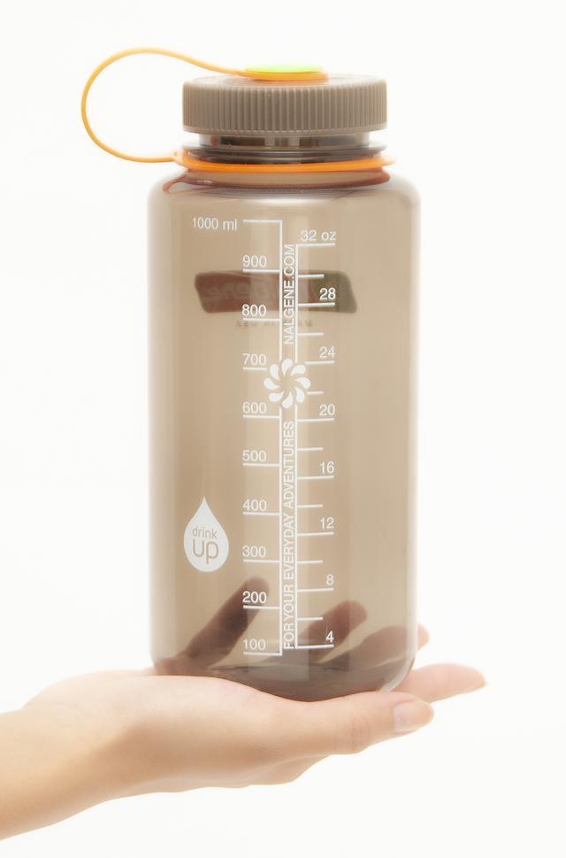 画像5: 100℃の熱湯を入れてもOK。耐冷温度は-20℃。つまり凍らせても大丈夫!