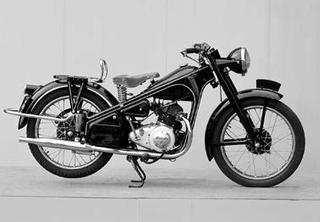 ホンダ ドリームE型 1951年10月