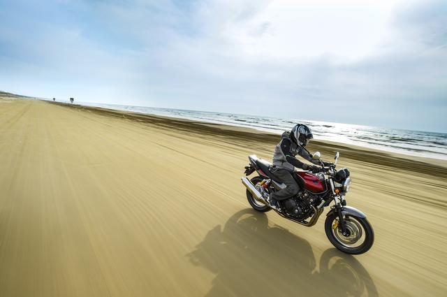 画像7: 能登路をゆっくりと。大型バイクにはない魅力がある