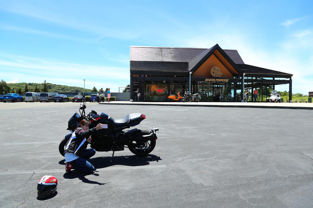 Images : 10番目の画像 - 【ゆるふわ 3枚刃】スズキKATANA試乗レポート!(梅本まどか) - webオートバイ
