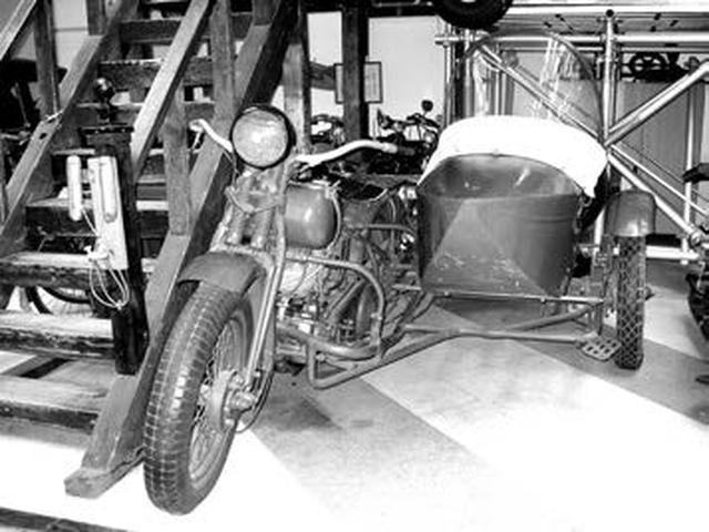 画像1: 日本内燃機 くろがね号 97式側車付自動二輪1937年