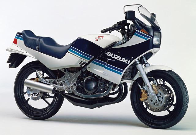 画像: RG250Γ(GJ21A) 1983年3月1日発売 46万円