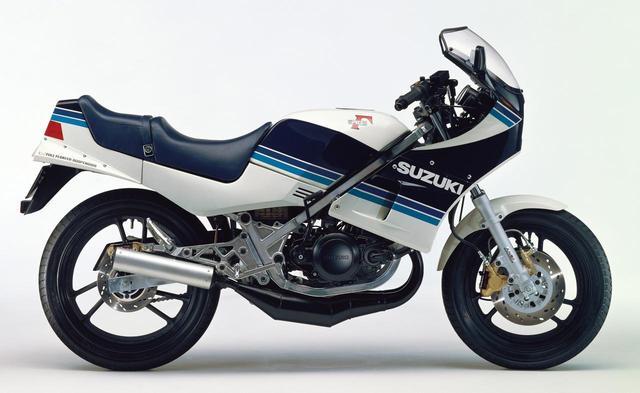 画像: 250ccクラスに新ジャンルを開拓スズキ2輪の歴史における傑作車の一台