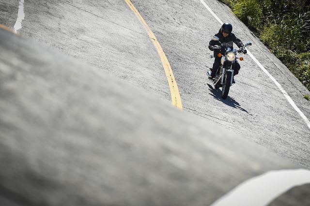 画像2: クラシックバイクで最も洗練されたSR400