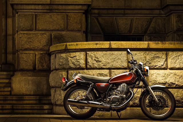 画像1: クラシックバイクで最も洗練されたSR400