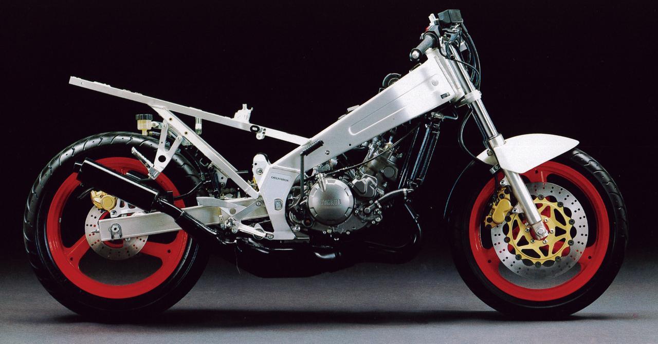 画像5: レーサーレプリカの流行を加速させオートバイブームを牽引したヤマハの力作
