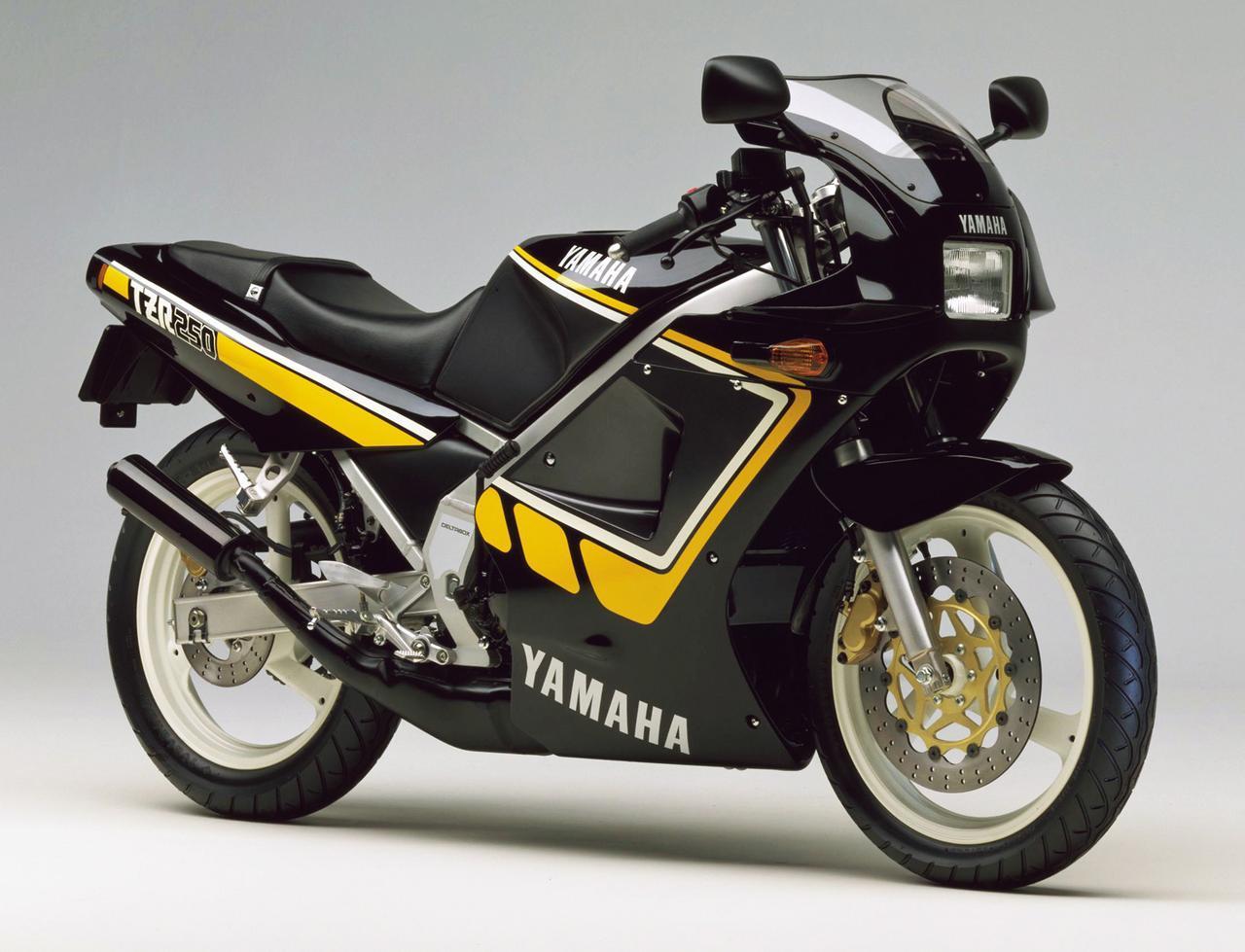 画像: 1987 TZR250/2AW 黒×黄ストライプとした限定車が発売され、スペックは1KTと共通ながら機種コードNo.は2AWに変わった。
