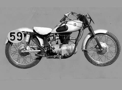 Images : 丸正自動車製造 ライラック250SY 1955年