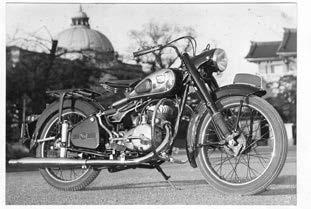 Images : トヨモータース FD150 1954年