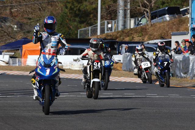 画像2: 世界耐久チャンピオンとミニバイクレースを楽しもう!