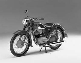 ヤマハ YC-1 1956 年2月