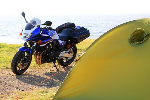 画像1: ホンダ「CB400SB」キャンプツーリング・インプレッション! 伝統の400ccバイクはキャンプが得意?苦手?【編集部員の夏休み①】 - webオートバイ