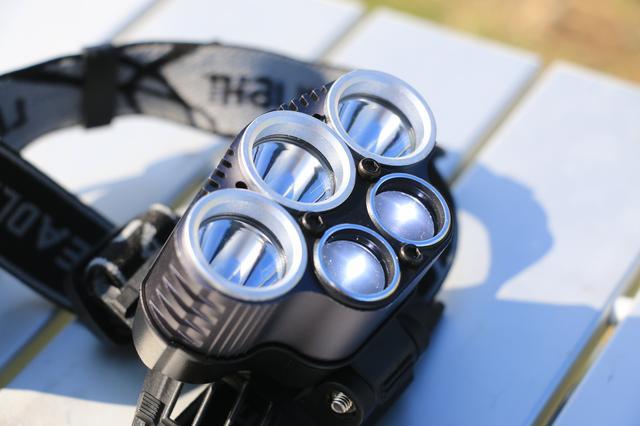画像2: ②強烈な明るさで夜空に光芒を作り出す、驚異の5眼ヘッドライト! Tomo Light「CMA-1001LT」