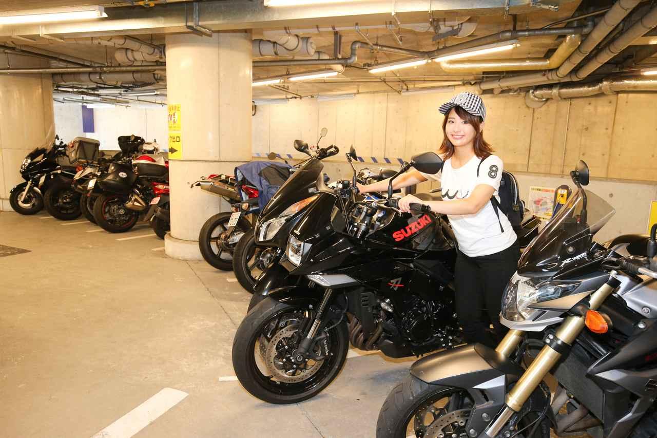 Images : 1番目の画像 - 「平嶋夏海の「つま先メモリアル」(第5回:Suzuki KATANA)【ゆるふわ 3枚刃】」のアルバム - LAWRENCE - Motorcycle x Cars + α = Your Life.