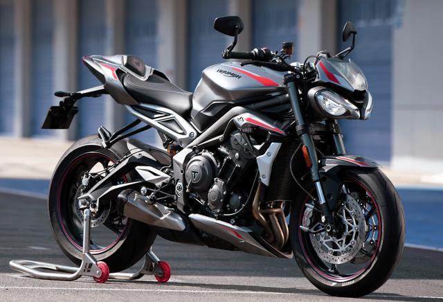 画像1: Moto2エンジンチームによって、エンジンの改良が施された!