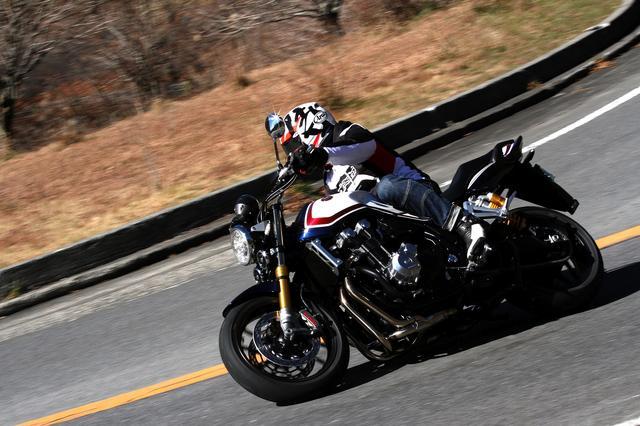 画像: 走ってる写真は撮れませんでしたのでw Webミスター・バイク< http://www.mr-bike.jp/>からお借りしました