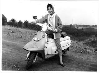 新三菱 シルバーピジョン130 1962 年