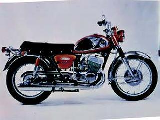 スズキ T500 1968 年 3月