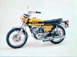 スズキ GT250 1971年2月