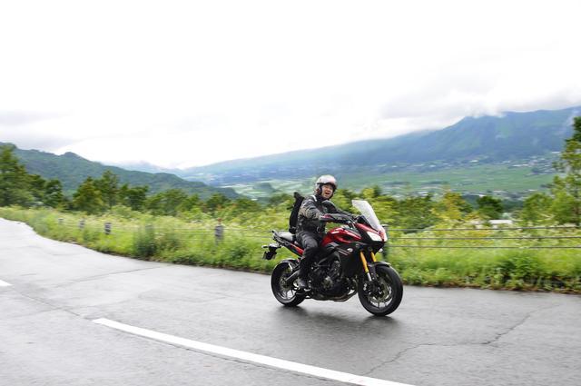 画像: これは南阿蘇「ケニーロード」 バイクで走るにサイコーの道!