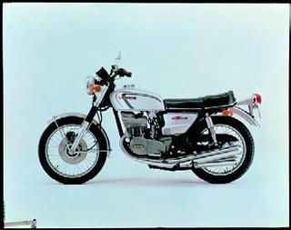 スズキ GT380 1973 年 4月