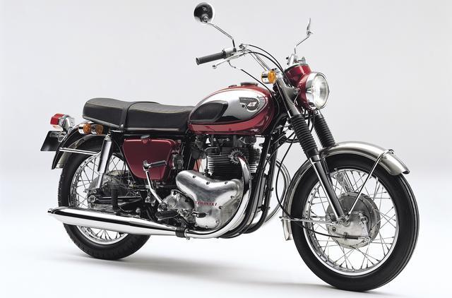画像: 「大型バイクのカワサキ」の起源、として展示される歴史車両。この650-W1の試作車は「X650」という名で、1965年の第12回東京モーターショーで公開されました。