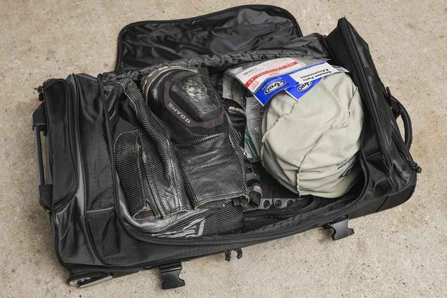 画像: アマゾンで7800円のサーキット用「全部入れバッグ」を購入してみました! - webオートバイ