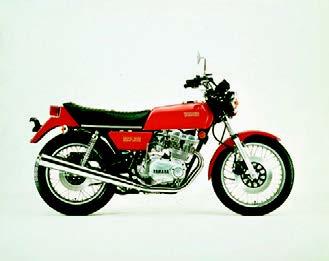 Images : ヤマハ GX500 1976 年 4月