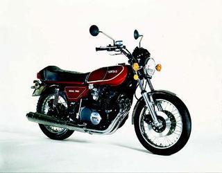 ヤマハ GX750 1976 年 4月