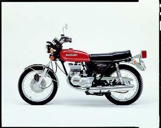 スズキ GT185 1977年 4月