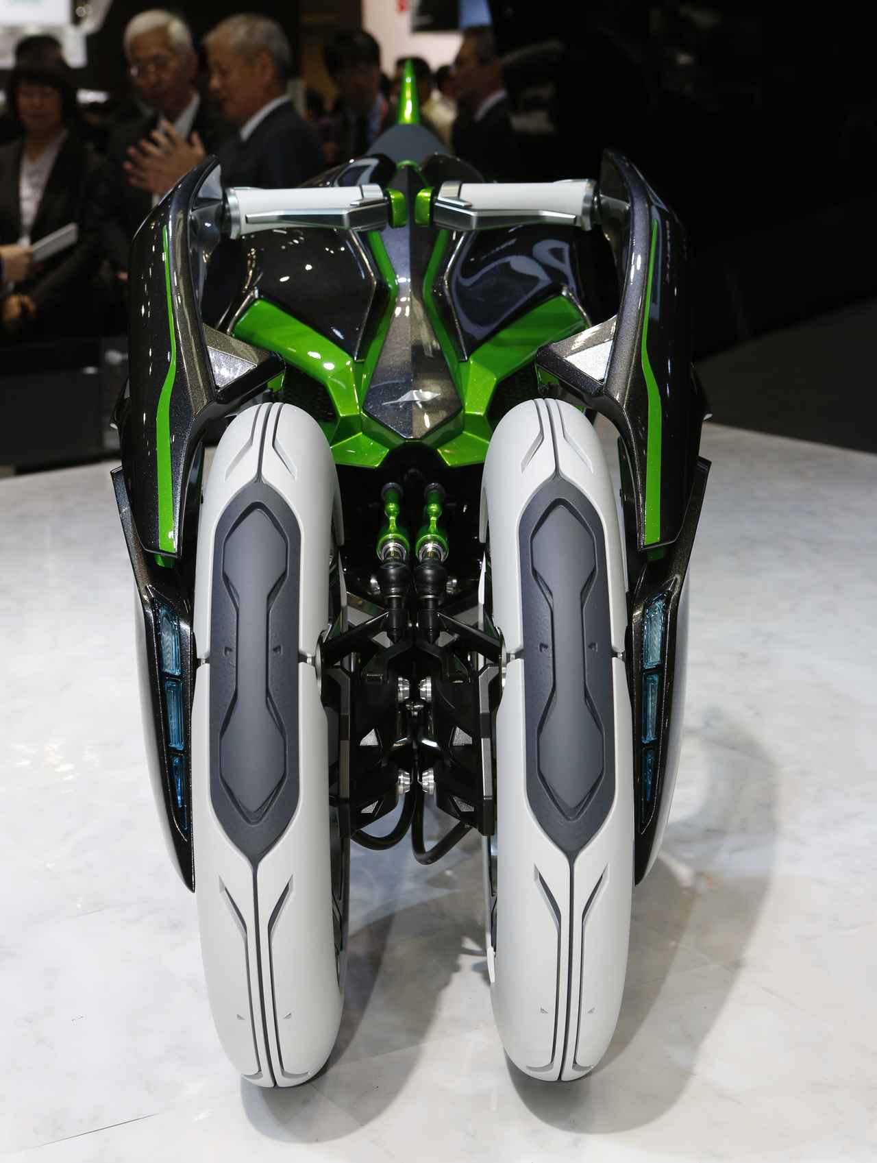 Images : 9番目の画像 - カワサキ「J」の写真をもっと見る! - webオートバイ