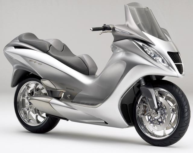 画像: スーパースポーツとスクーターを合わせたようなニュージャンルのマシンとして登場!