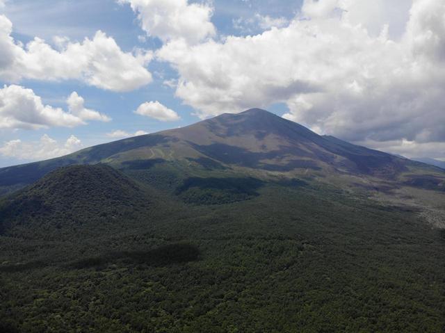 画像: 会場は歴史ある浅間火山レース跡地