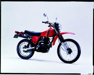 カワサキ KL250 1980 年 4月
