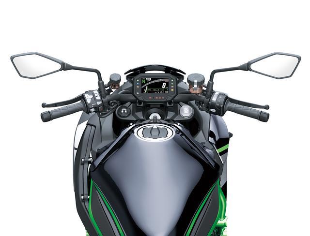 画像6: スーパーチャージドエンジンを搭載したネイキッドモデル、最高出力は200馬力!
