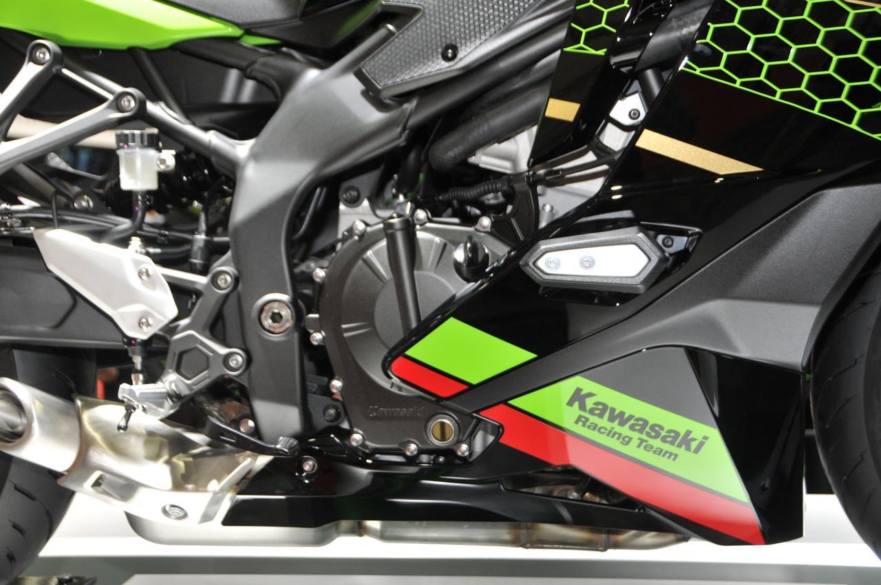 Images : 2番目の画像 - Ninja ZX-25Rのディテール写真もっと見る - webオートバイ