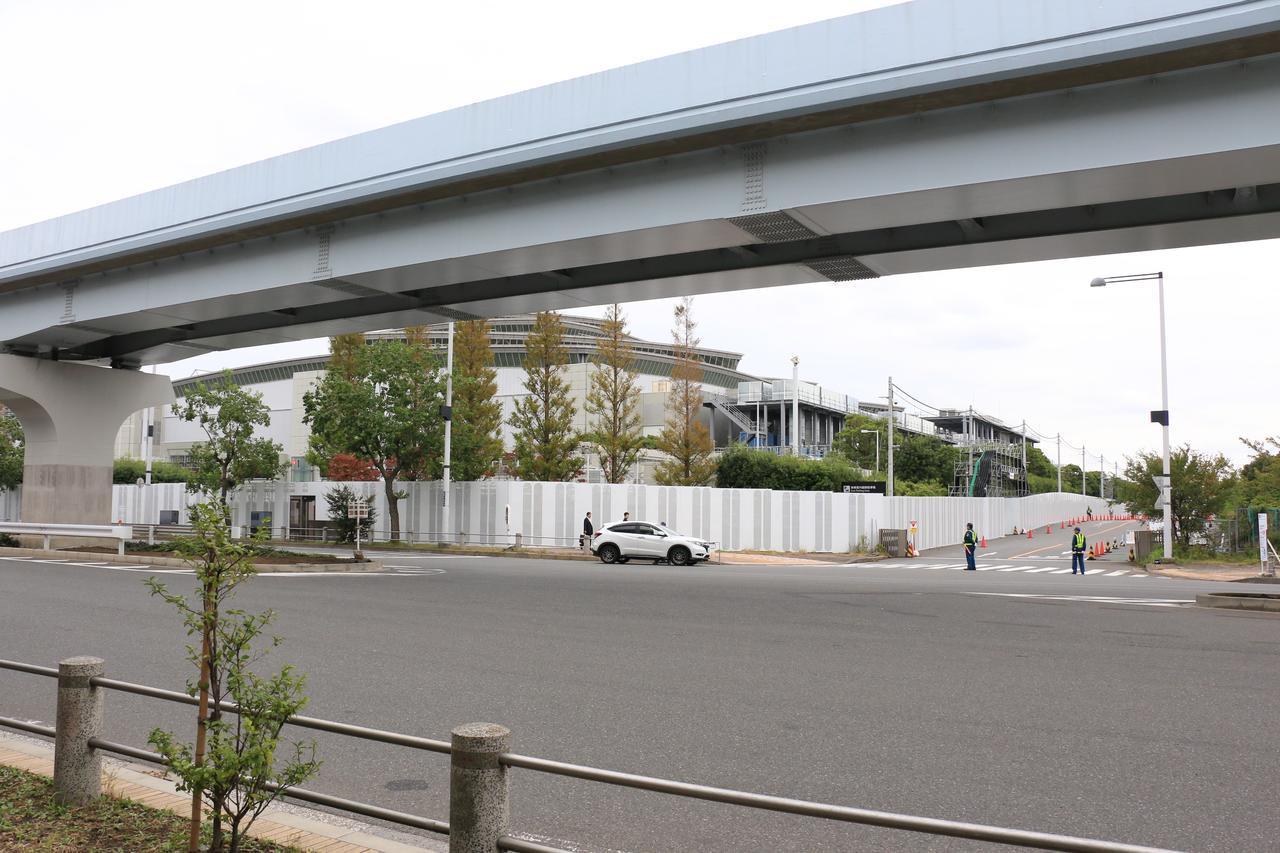 画像: 「東棟屋外臨時」駐車場の入り口