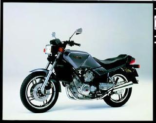 ヤマハ XZ550 1981年 3月