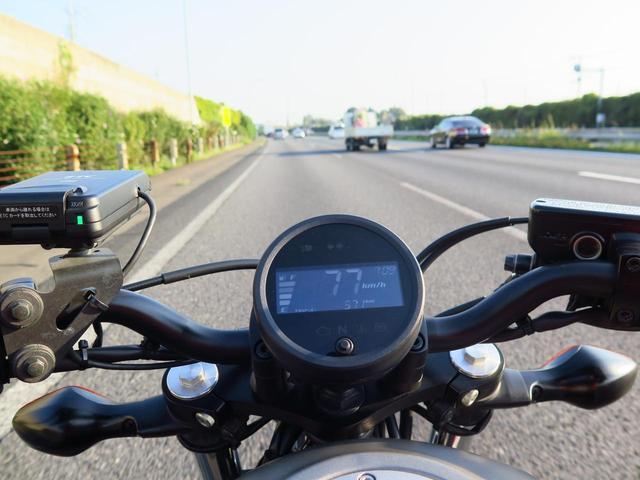 画像1: 快晴の朝、出発。レブル250はフルスロットルでなくても絶好調