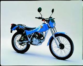 ホンダ TL125 1982 年 4月
