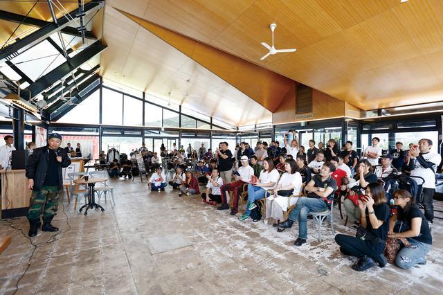 画像: オープンちょうど1カ月、平日にもかかわらず、約200人もの人がRGさんの納車をお祝いしてくれました。ゆるゆるスケジュールの温かい雰囲気なイベントでしたね♪