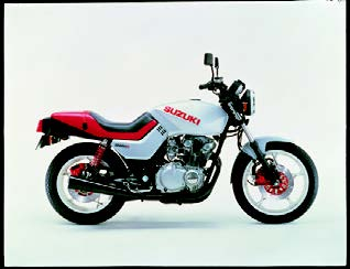 Images : スズキ GS650G 1982 年2月