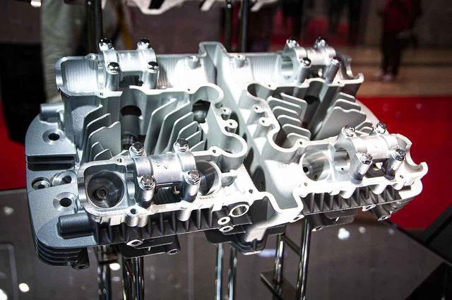 画像: カワサキ「Z1」「Z2」オーナー必見!ゼットワン&ゼッツーのシリンダーヘッドの再販が決定!- webオートバイ
